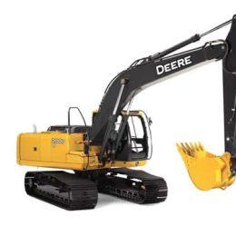 renta maquinaria excavadora
